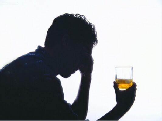 Uống Rượu Bia Có Tác Hại Đến Sinh Lý ? Gồm Những Tác Hại Gì ?