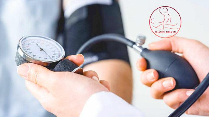 Mắc các bệnh lý về huyết áp, tiểu đường, tim mạch…